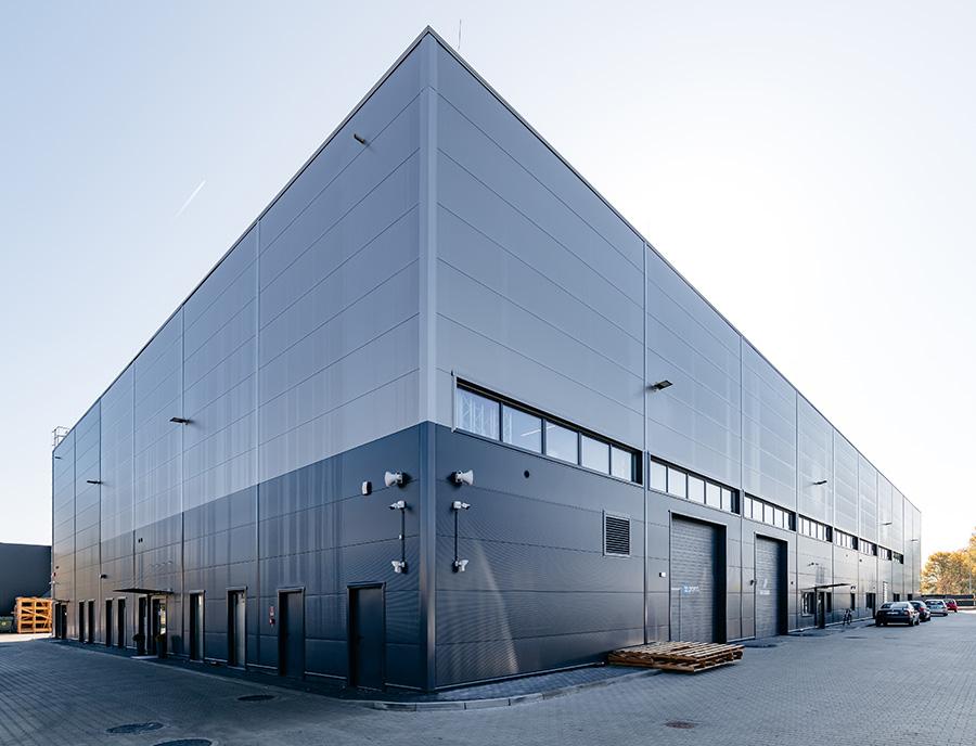 budynek przemysłowy wybudowany w technologii keramzytowej